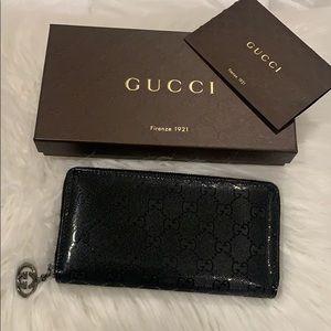 Auth Gucci Imprime zippy monogram wallet